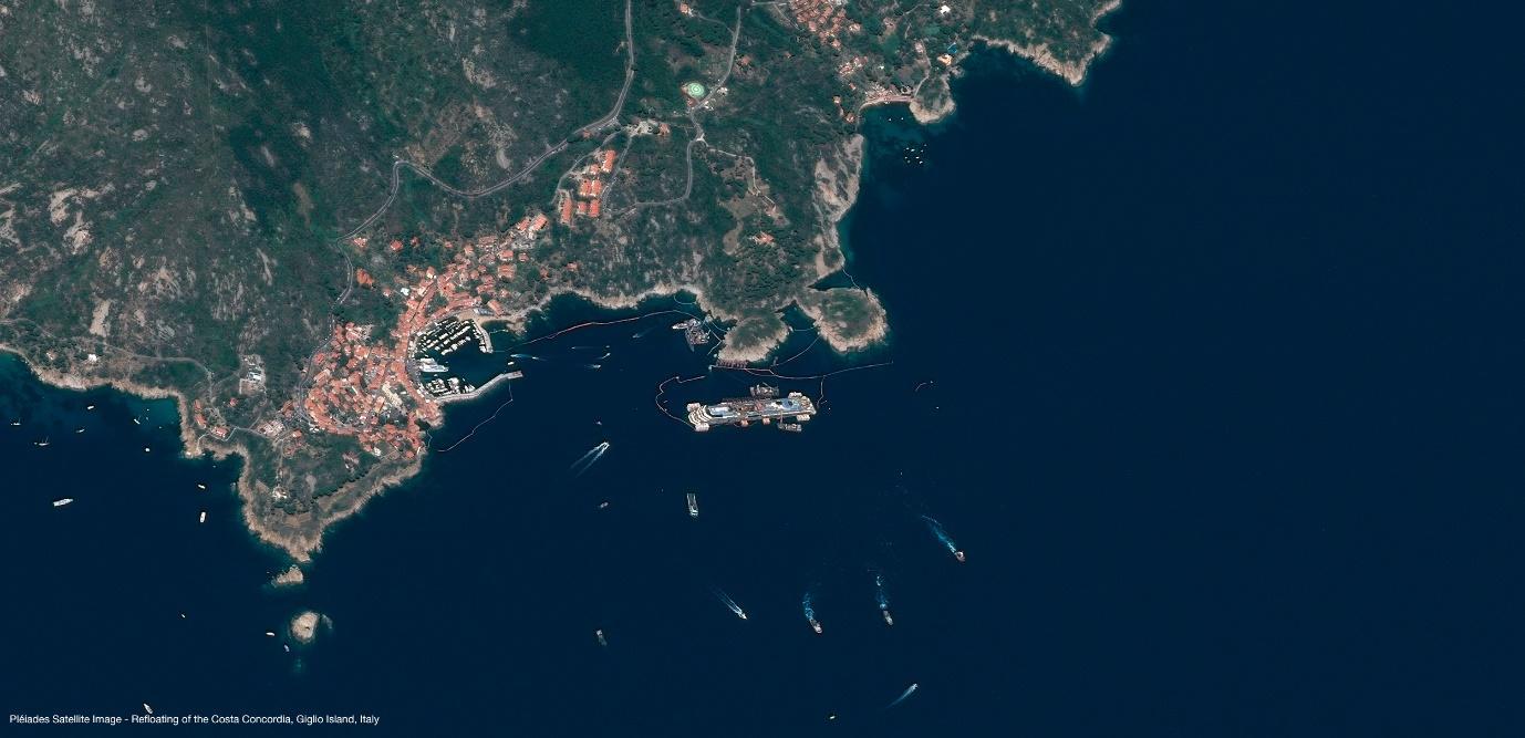 Pléiades – Refloating of the Costa Concordia, Giglio Island, Italy